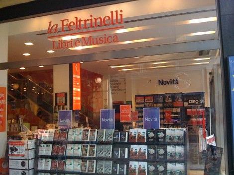 A milano la libreria pi grande d italia oggi l for Sito della feltrinelli