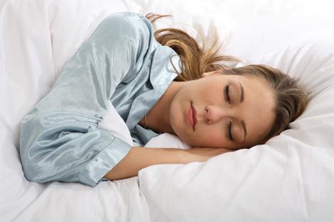 Dormire poco tutto per lei - Quello che piace alle donne a letto ...