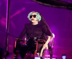 Lady Gaga Cacciata Da Youtube A Causa Della Sirena Sulla