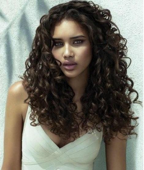 Semi di lino per i capelli ricci