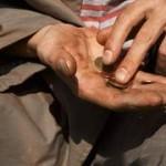 Milano ha il suo benefattore invisibile che aiuta poveri e malati
