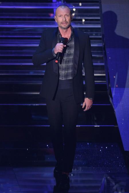 Biagio Antonacci Sanremo 2015 abiti Ermanno Scervino