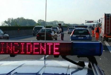 incidente stradale bu ribaltato
