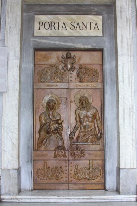 Porta santa tutto per lei - Apertura porta di roma ...