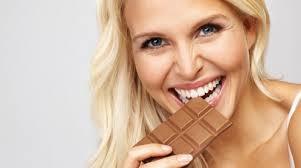 mangiare cioccolato