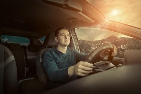 finestrini auto senza schermatura