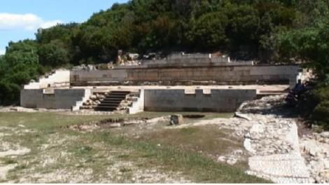 tomba di aristotele