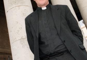 parrocchiana molestie sessuali a sacerdote