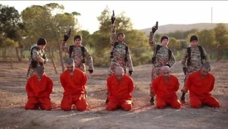 bambini che uccidono prigionieri