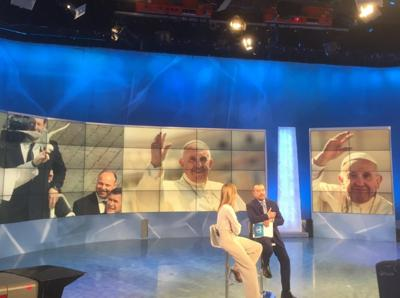 papa francesco in diretta a UnoMattina