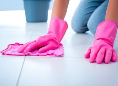 pulizia fughe pavimento