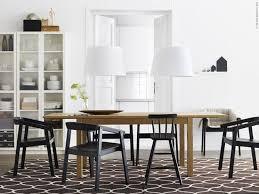 Sedie Moderne Da Abbinare A Tavolo In Legno.Casa Come Abbinare Tavolo E Sedie In Modo Del Tutto