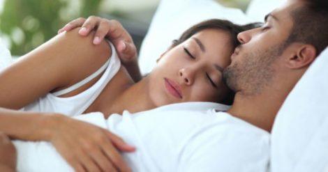 Batteri nel letto quando cambiare lenzuola e pigiama tutto per lei - Acari nel letto ...