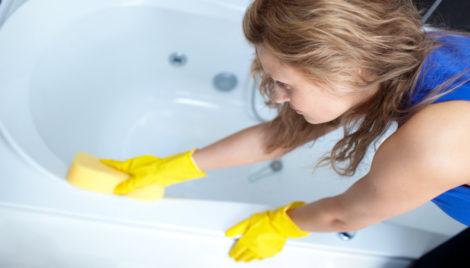 I bagni sono lo specchio di una casa pulita e ordinata  averli sempre  splendenti e profumati è vero orgoglio per tutte! Ma come vincere allora la  battaglia ... 734f18dc1cdf